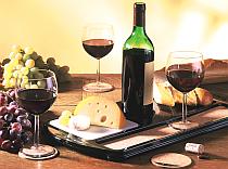 Käse Wein Gastronomie | © Peter Pleischl | pixelio.de